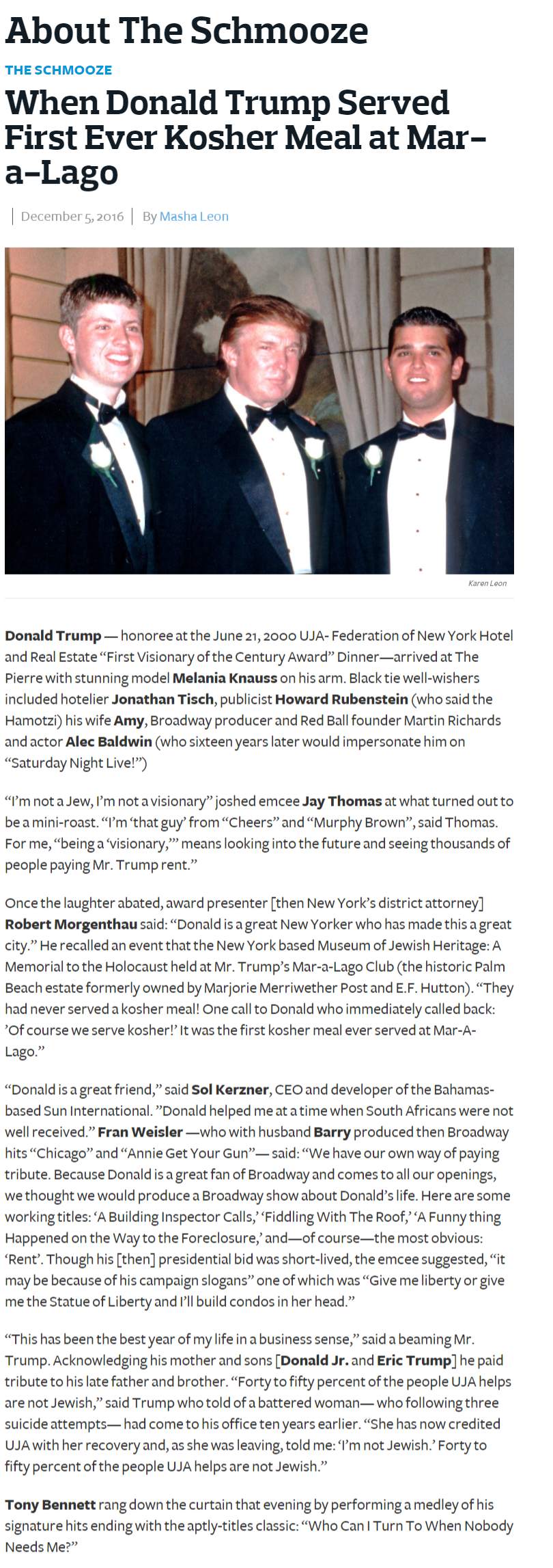 """Donald Trump, honoree at the UJA Federation of New York Dinner, was awarded the """"First Visionary of the Century Award""""."""